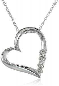 10k Gold and Diamond Three-Stone Heart Pendant Necklace (0.1 cttw, I-J Color, I2-I3 Clarity), 18