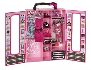 Bộ đồ chơi Barbie Closet and Fashion Set