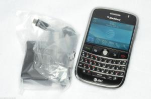 Điện thoại BlackBerry Bold 9000 Grade A Unlocked AT&T GSM 1GB Black 3G - NO CAMERA VERSION