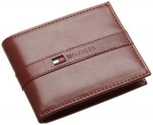 Tommy Hilfiger Men's Ranger Passcase Wallet Tan