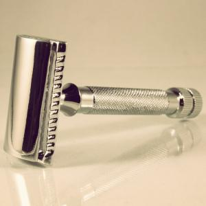 Safety Razor By Sir Hare (Short)