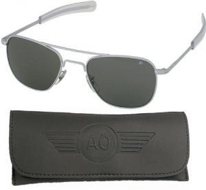 American Optical Pilot Aviator Sunglasses 55 mm Lens Matte Frame Bayonett