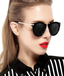 ATTCL® 2016 Vintage Fashion Round Arrow Style Wayfarer Polarized Sunglasses for Women